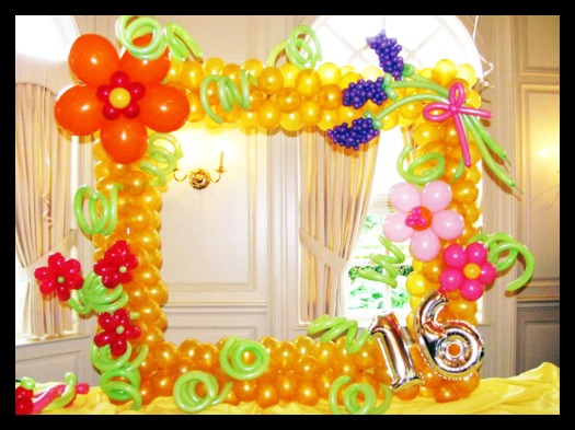 Classic flower theme, suitable for girls and ladies alike. Designed to be like a photo frame so guest could take photos behind it!