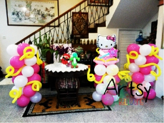 Hello Kitty Themed balloon columns decoration(2)