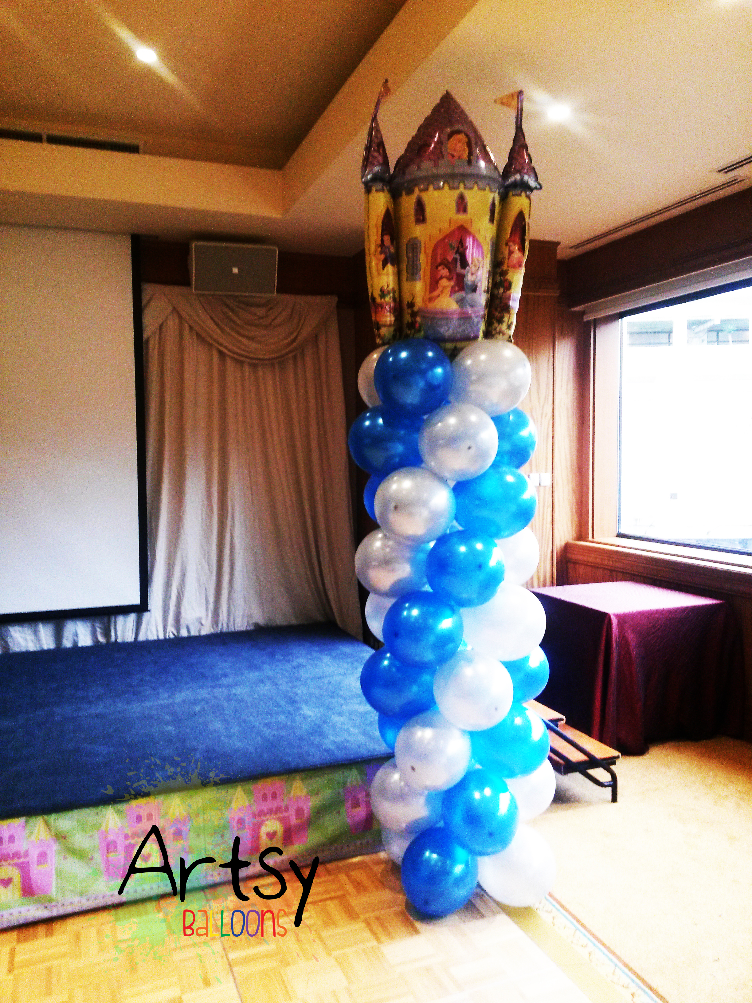 blue and white metallic spiral balloon arch decoration with