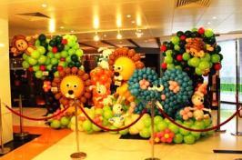 Balloon backdrop decoration (3)