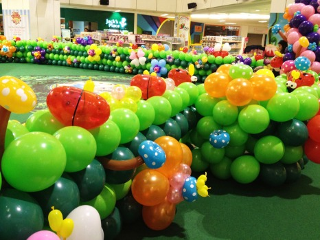 Balloon Fantasy Garden at a local mall.