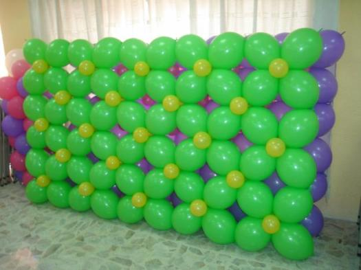 Balloon linkaloon wall decoration
