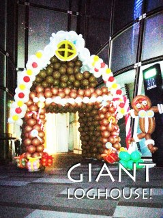 giant balloon loghouse balloon decoration for christmas