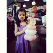 Made a princess out of Geo Shaped Balloons. Hope she liked it!