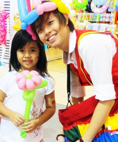 , About, Singapore Balloon Decoration Services - Balloon Workshop and Balloon Sculpting