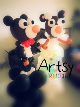 wpid-wedding-couple-balloon-bear.jpg