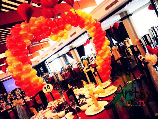 heart balloon arch decoration 1