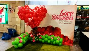 Advance life size jumbo 3D heart balloon backdrop display decoration for valentines day