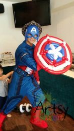 Balloon Sculpture for this cosplaying Captain America for kids party.