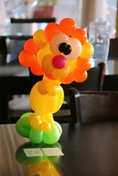 Balloon Lion Centerpiece!