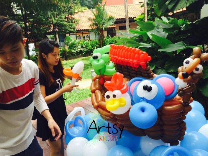 , Balloon Noah's Ark backdrop display!, Singapore Balloon Decoration Services - Balloon Workshop and Balloon Sculpting