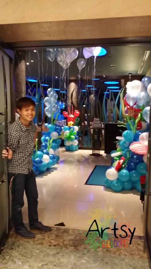 Entrance to the underwater theme balloon decoration