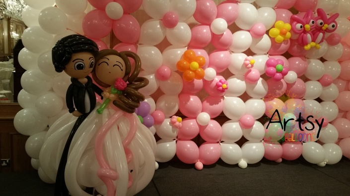 Wedding balloon decoration (2)