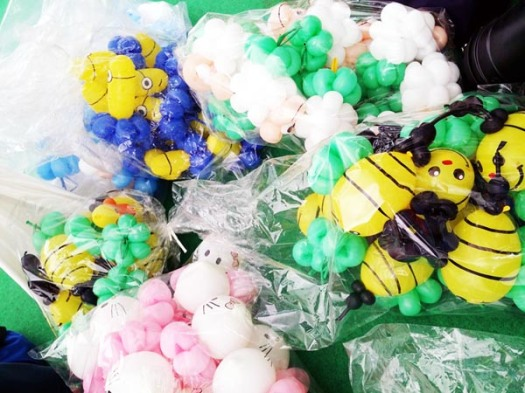 bags of balloon sculptures