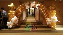 Corporate DND balloon arch