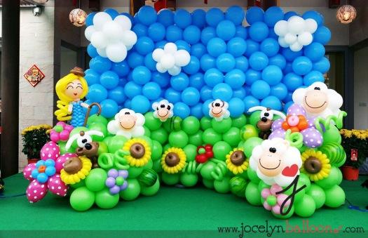 sheep balloon backdrop