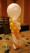 Special balloon columns with 36 inch balloon on the top