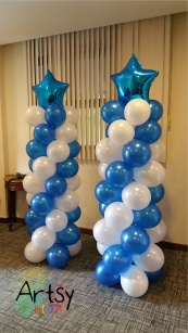 Spiral balloon columns with foil balloon star