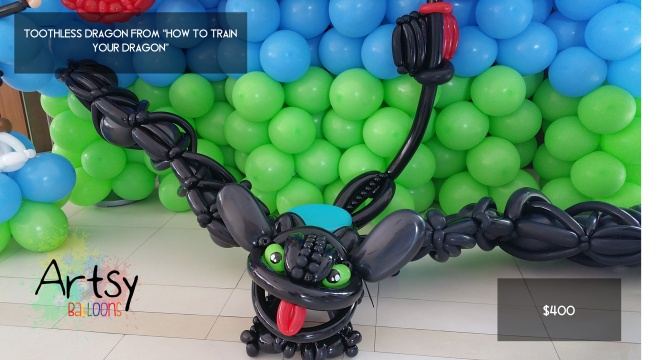 Toothless balloon sculpture
