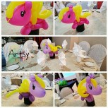 Pony balloon table centerpiece