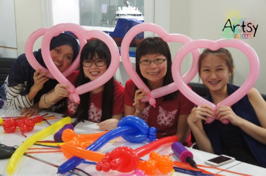 4 balloon heart sculpting learnt during workshop