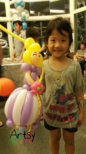 Balloon Sculpting Singapore for birthday parties and events balloon princess