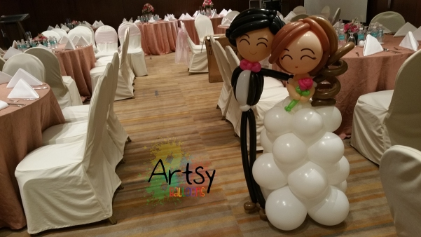 Life size wedding balloon couple balloon column style gown (2)