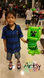 Minecraft creeper balloon sculpture