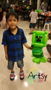 Minecraft creeper balloon sculpture