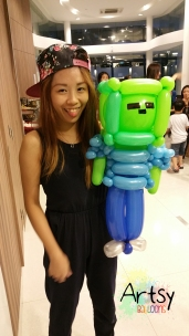 Balloon Sculpting Singapore for birthday parties and events balloon Minecraft zombie balloon sculpture