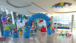 View of the entire balloon decoration set up