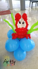 Balloon crab display