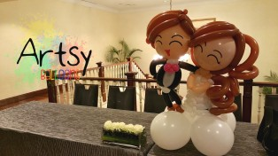wpid-wedding-balloon-couple-table-display.jpg.jpeg
