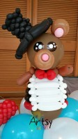 Balloon bear groom