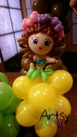 Cute Hawaii girl balloon sculpture