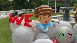Balloon Sculpting Singapore for birthday parties and events balloon boy