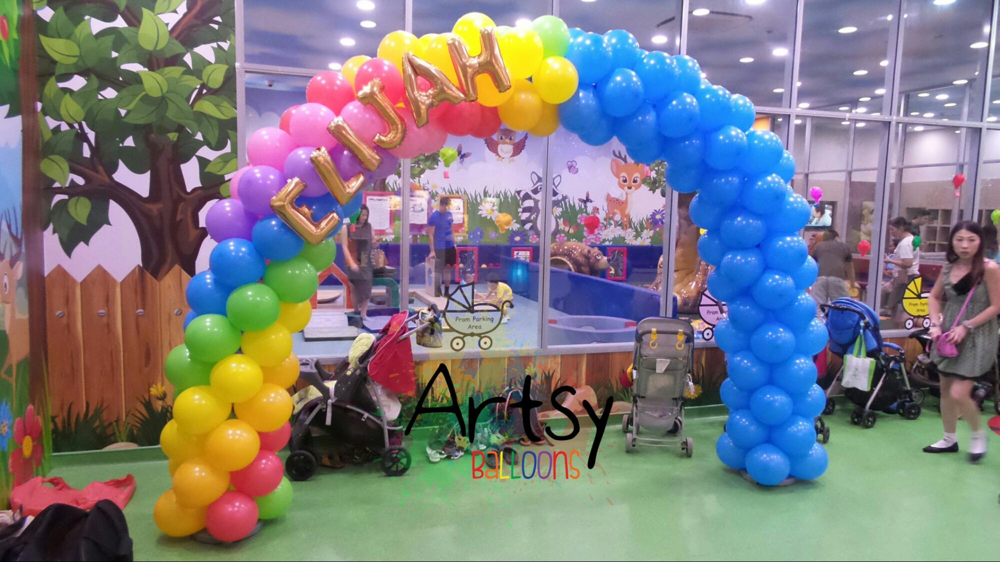 , Raimbow balloon arch for Elijah! – Part 1, Singapore Balloon Decoration Services - Balloon Workshop and Balloon Sculpting