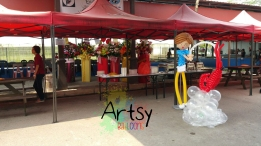 Balloon boy prawing display decoration