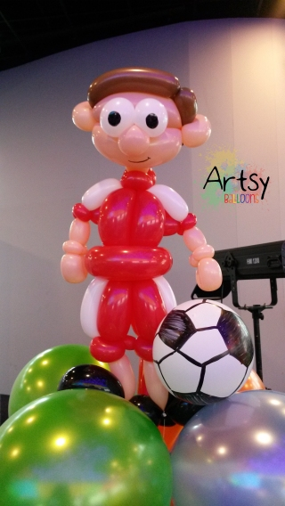 Balloon soccer player