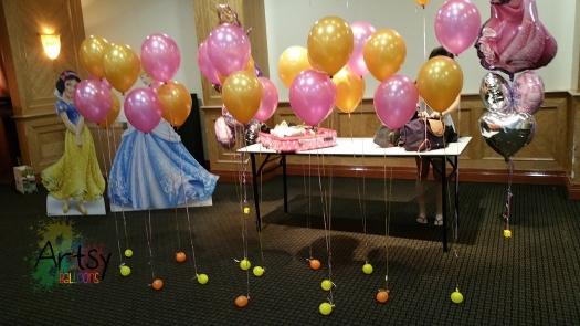 bundle of 2 helium balloons