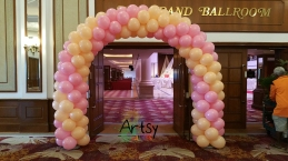 pink and beige balloon spiral arch(1)