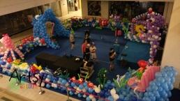 underwater themed balloon decoration