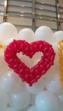 Balloon Sculpting Singapore for birthday parties and events balloon Heart