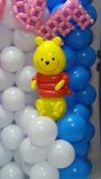 Daphne balloon backdrop with winnie the pooh (3)