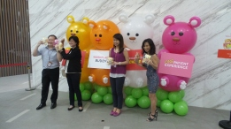 Balloon Sculpting Singapore for birthday parties and events balloon bears