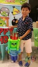 Balloon Sculpting Singapore for birthday parties and events Minecraft zombie