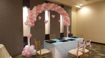 hearts and love balloon arch