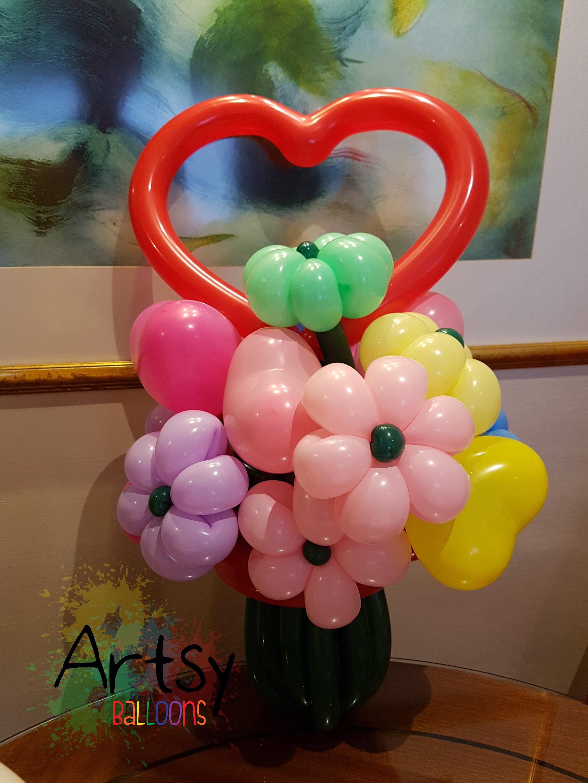 Heart Shape Flower Bouquet Balloon Sculpture Singapore Balloon