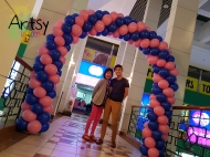 balloon arch for SA Tours