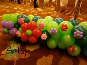 Balloon garden clusters